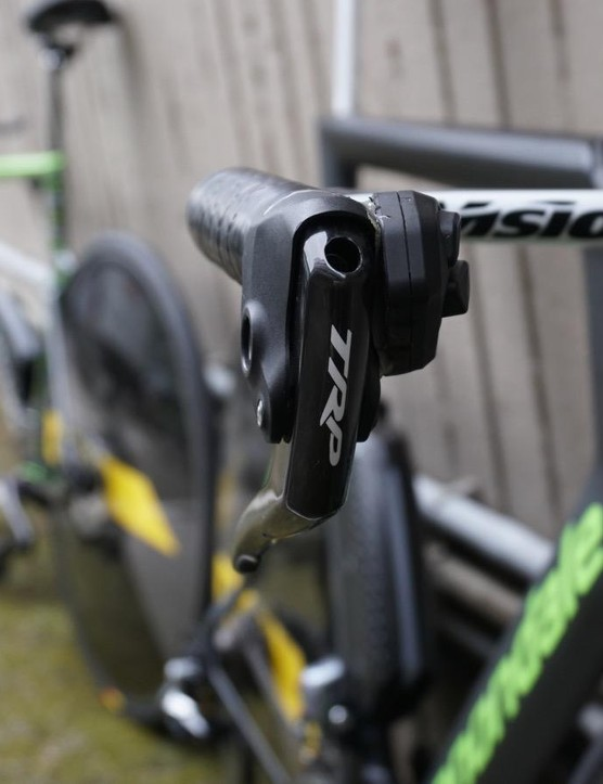 Digital Di2 shifting or TRP mechanical braking? With a little glue, the answer: both