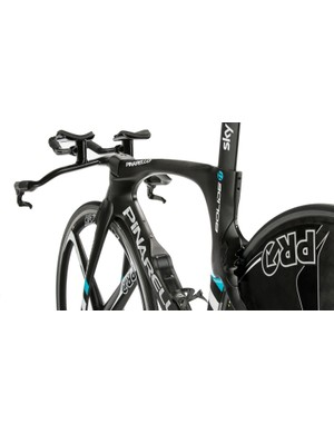 The new Pinarello Bolide TT frameset weighs a claimed 350g less than the previous iteration