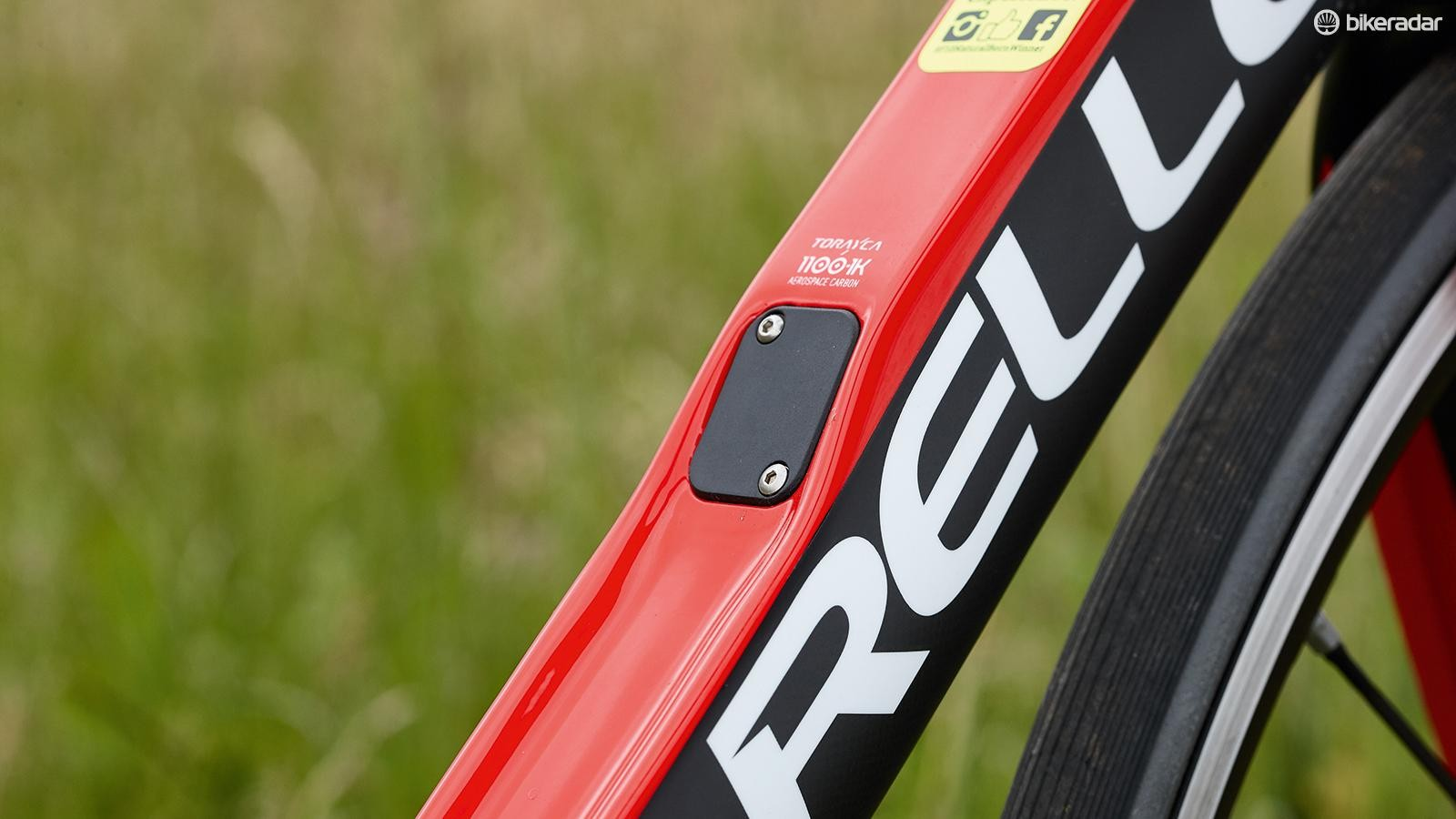 The F10 can accept electronic Di2 with the junction box fitting under the cover in the down tube