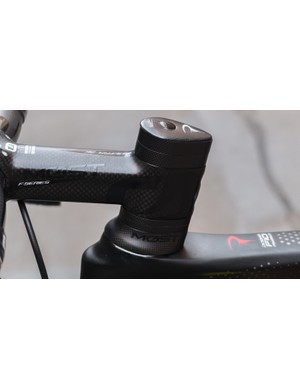 The MOST finishing kit flows nicely into the sculpted head tube