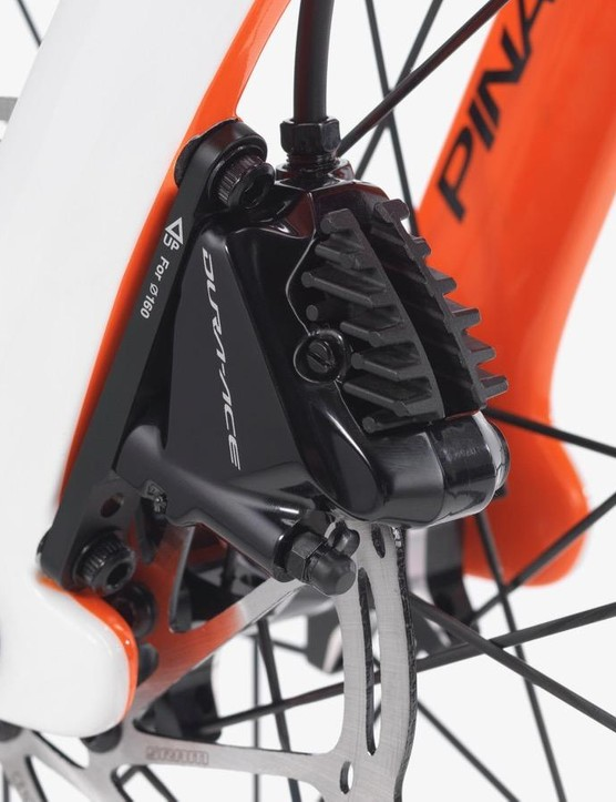 Dura-Ace calipers are shown here with SRAM rotors, most likely because of the Zipp wheels (SRAM owns Zipp)