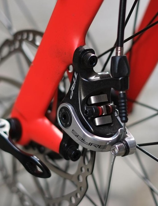 The fork blades are carbon, with an alloy steerer