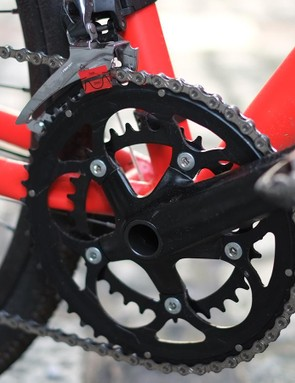 The 170mm Samox cranks are another nod to smaller riders