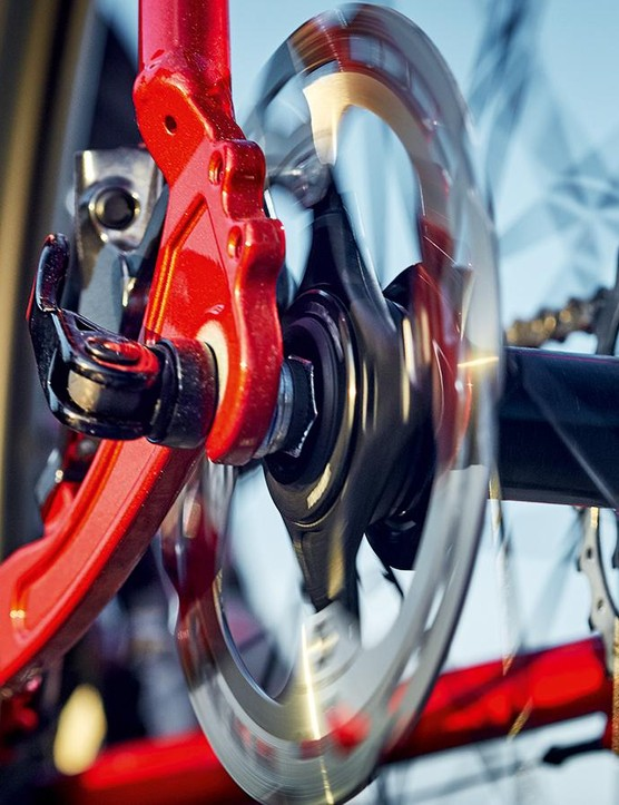 Shimano's hydraulic disc brakes are very impressive indeed, though the bulbous design of the levers doesn't appeal to all