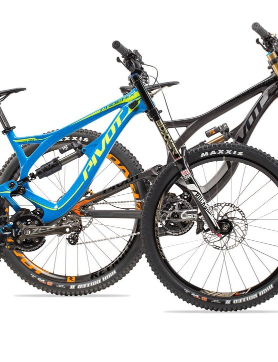 The new Pivot Phoenix DH Carbon, available in blue or stealth black
