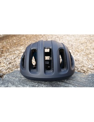 In a stark departure from many other aero road helmets, the POC has large front vents