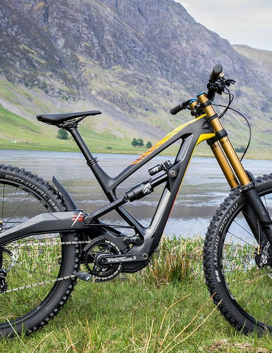 Polygon's brand-new XQUAREONE DH cuts a striking silhouette, which some may recognise