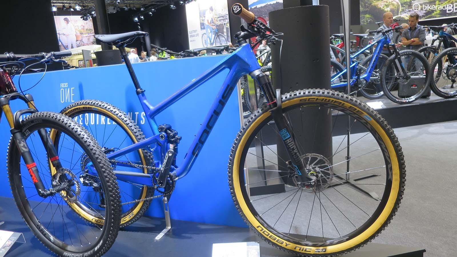 The 01E 8.9 is aimed at marathon riders or technical XC racing
