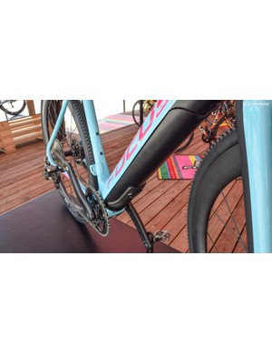 The battery and motor are neatly integrated into the downtube