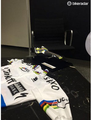Sagan gets his own custom finish Scratch saddle