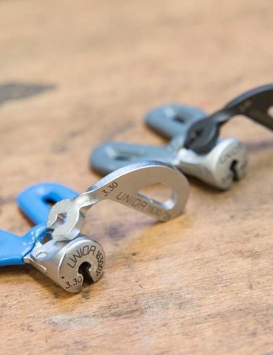 Spoke key