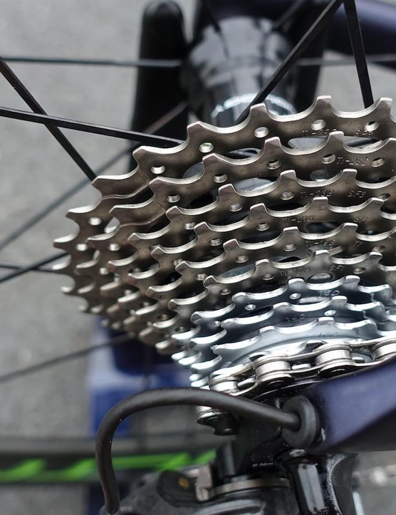 An 11x29 cassette was installed on his wheels. A team mechanic mentioned that most of the team runs the wide ratio cassette in all conditions