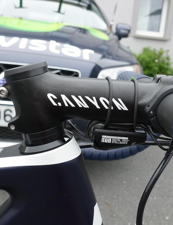 His Canyon stem is a negative 17-degree affair in a 12cm length. Also note the latest version of Campagnolo's EPS wiring harness. The v3 incorporates wireless communication with the Italian firm's smartphone application