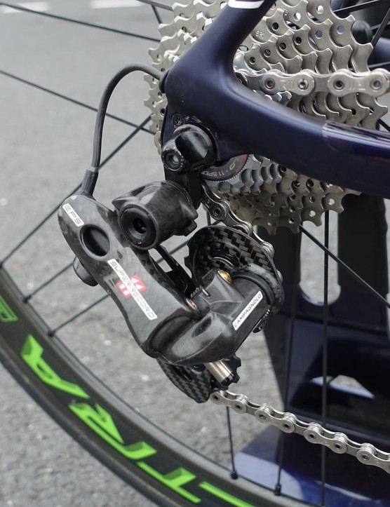 Like much of the pro peloton, Quintana relies on electronic shifting