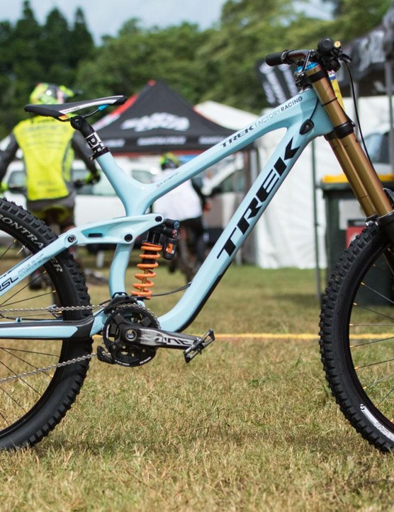 Rachel Atherton's new Trek Session 9.9 is a stock affair, but with a special 'Race Shop Limited' team paint job
