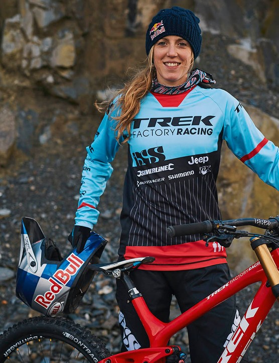 Rachel Atherton is sponsoring the Junior Women's category at the British Downhill Series again for 2016