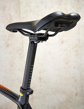 The Roker Pro comes with an RSP carbon seatpost
