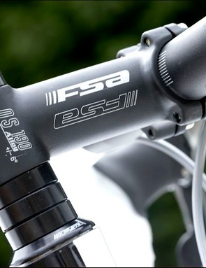 FSA Omega oversized handlebars and matching OS 190 stem felt stiffer and more responsive than bars with a 26.0mm centre