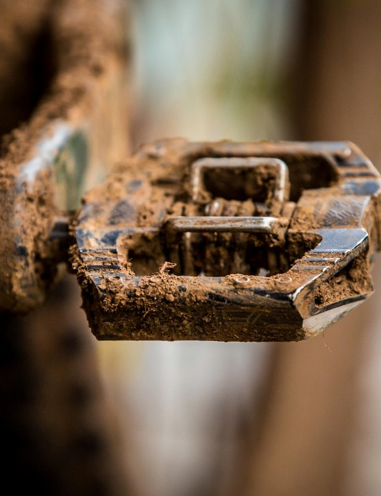 Crankbrothers Mallet E pedals are popular on the EWS scene for good reason