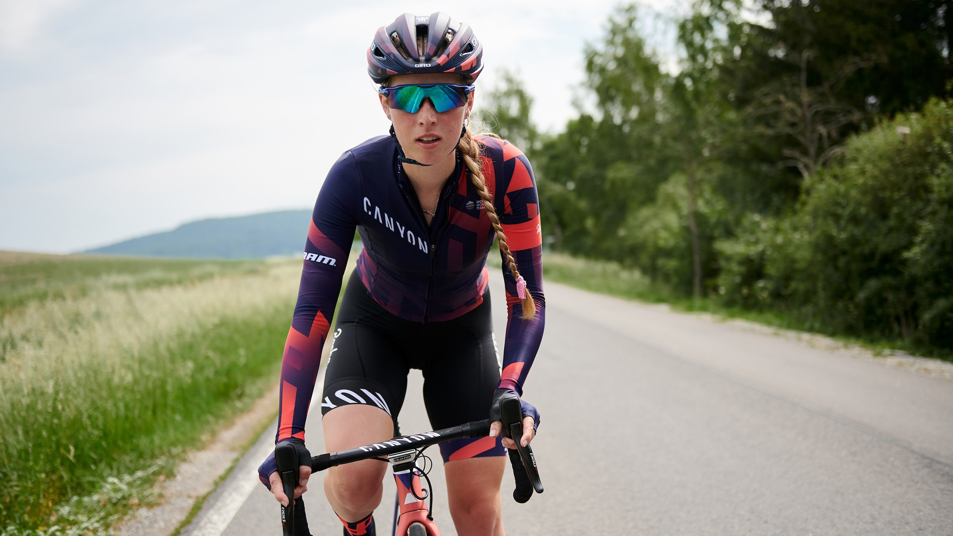 The new Canyon//SRAM Rapha kit is inspired by the Rapha Women's 100 event