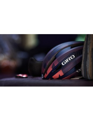 Canyon//SRAM will be going top to toe, or rather helmet to shoe, with the new colours