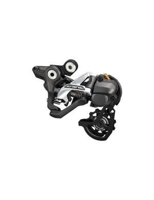 A short cage, Shimano M820 Saint rear derailleur designed for closely spaced, downhill cassettes