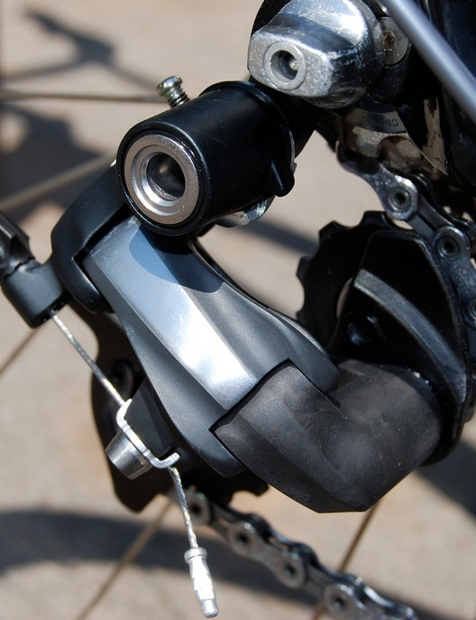 This is the most recent real-world image of the new Dura-Ace rear derailleur.