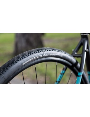 Continental Cyclocross Speed tyres in a 35c width is a nice touch given the price of the Reid Granite