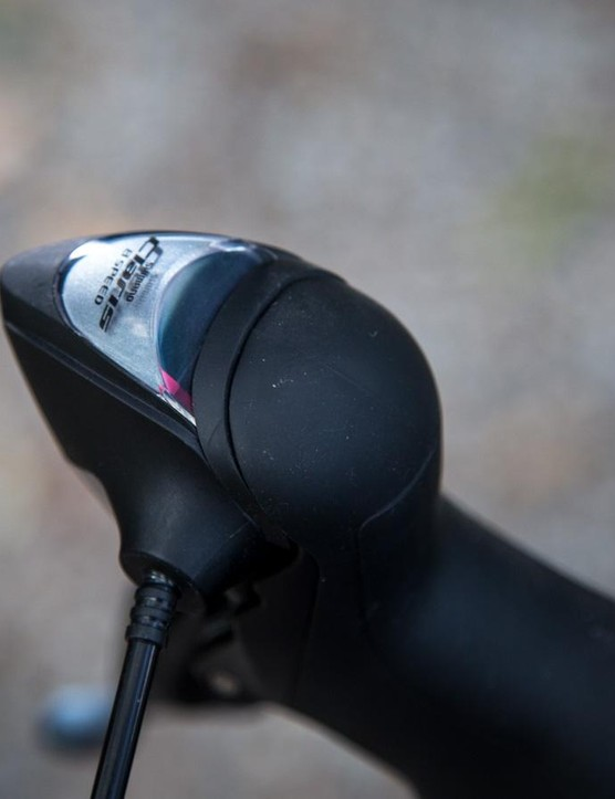 The Claris shifters feature gear indicators