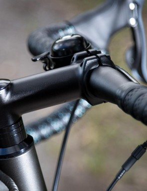 Unbranded alloy bars and stem are nothing to write home about, but get the job done