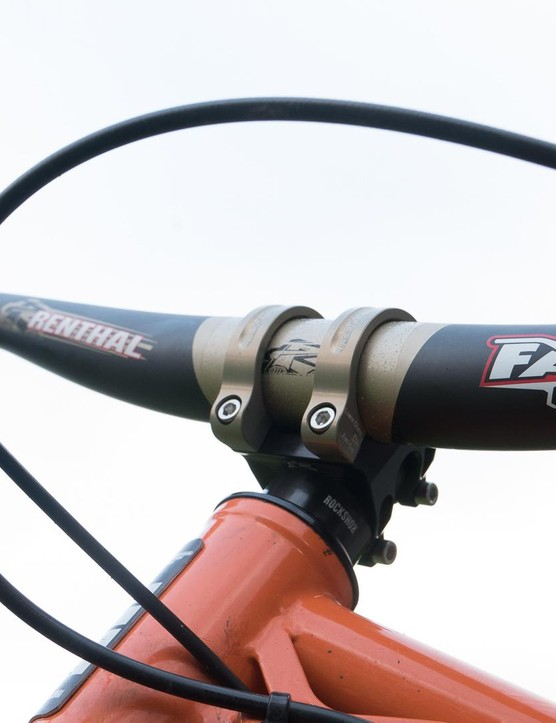 We found the 35mm carbon Fatbars felt more compliant-feeling than their narrower brethren