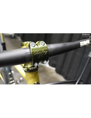 The Retrotec was equipped with special edition 40th Anniversary Chris King stem, headset, headset spacers, hubs and bottom bracket