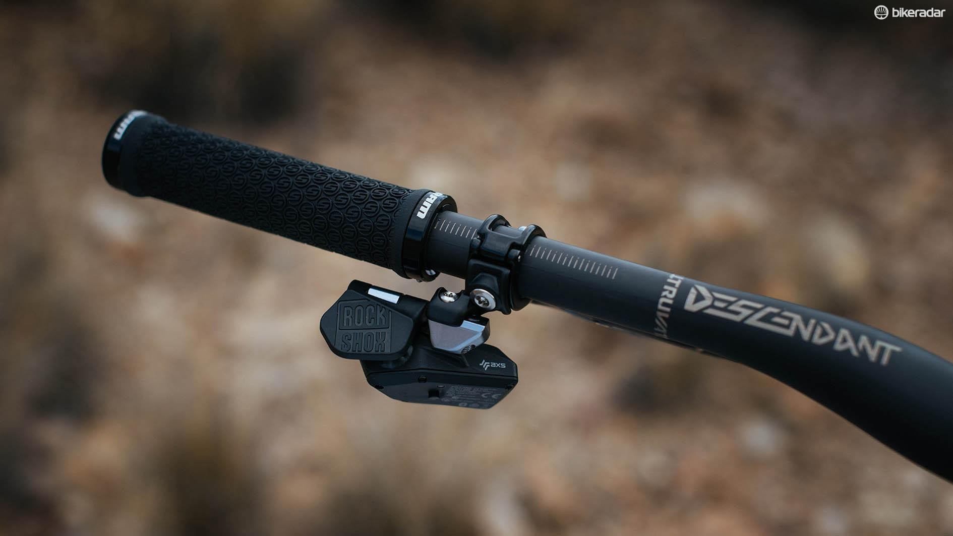 Reverb AXS seatpost review - Seatpost and Seat Pin