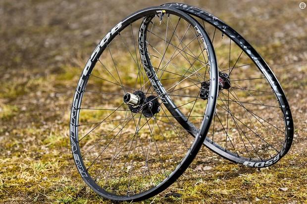 Reverse's EN 650b wheelset