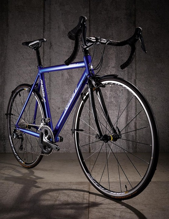 The 7005's frame is uncomplicated, with none of the design flourishes found on big brand bikes