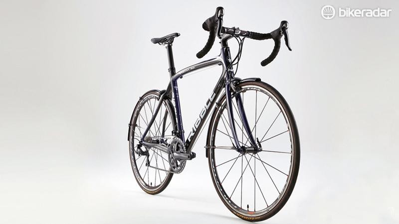 The Ribble Sportive 365 is one of a tiny number of carbon bikes actually designed to take mudguards