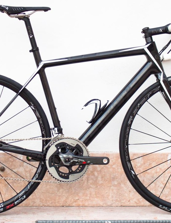 We've praised the Focus Cayo Disc before, but mudguard mounts would make it even better
