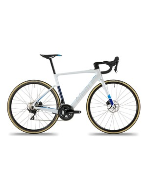 The entry-level Endurance SLe is fitted with a Shimano 105 groupset and comes in just under £3k