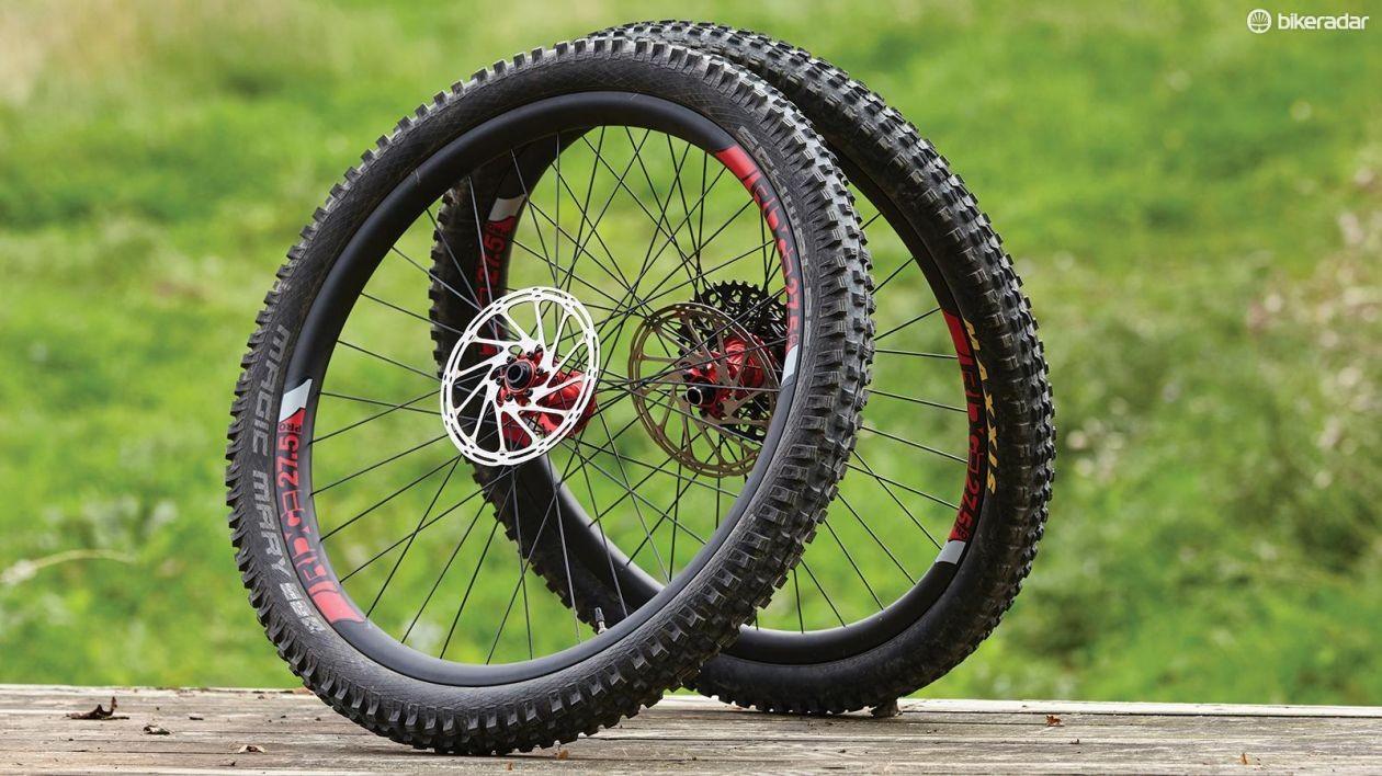 ridge-pro-carbon-wheelset-01-1486326129235-1r8ug5l9l7sc6-1260-80-1498648926686-1cxc9vdl4v6h0-4fcb930