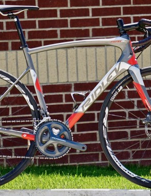 The Fenix SL Disc takes a stand against the spindly tubes typical of endurance bikes