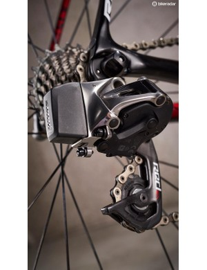 No surprise that SRAM Red eTap excels on the Ridley too