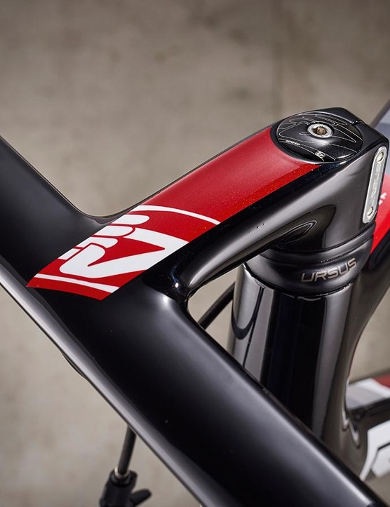 4ZA Ursus one-piece bar and stem effectively kills road buzz