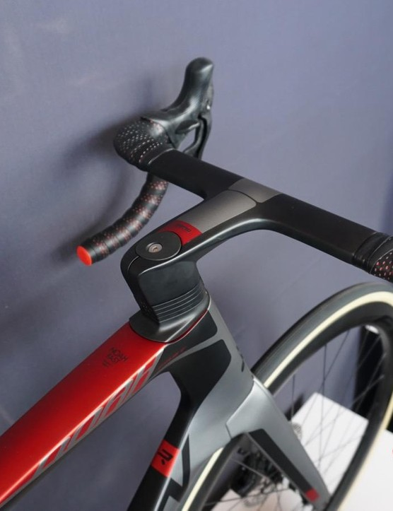 Ridley has a new integrated cockpit for the Noah Fast