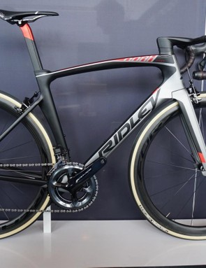 Ridley's new Noah Fast also comes in a rim build