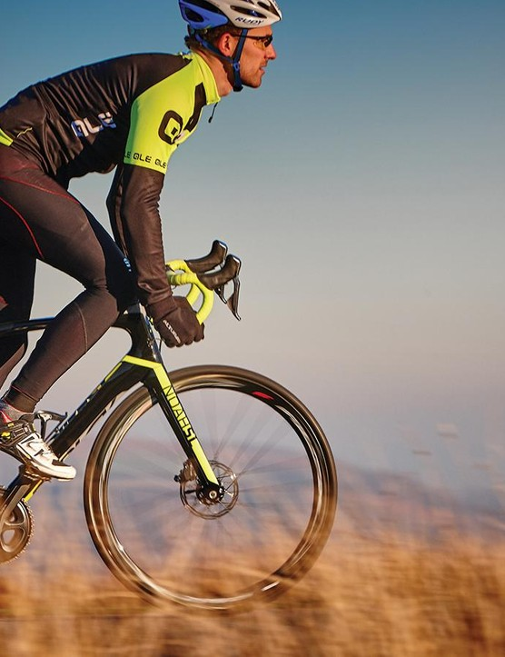 On flat or rolling terrain the Noah SL Disc is a purposeful ride