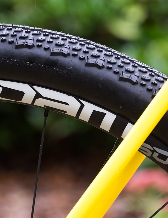 The bike is actually built around SRAM's Roam 50 wheels