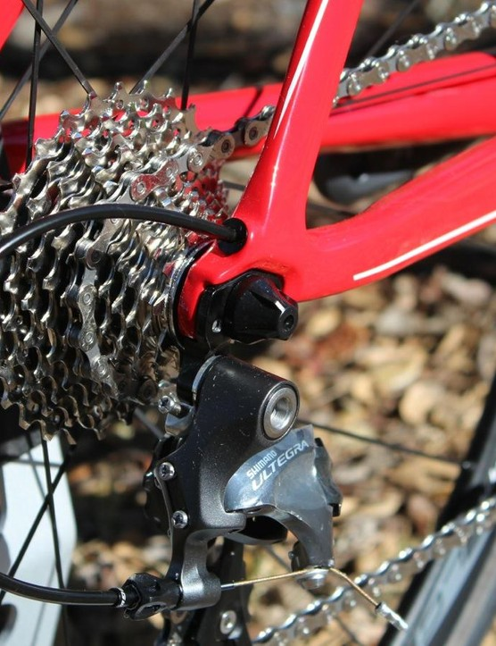 Internal cable routing keeps things tidy, both literally and for airflow