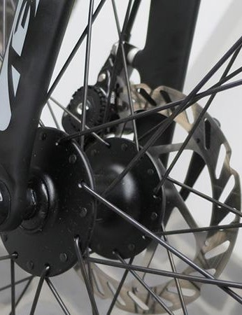 Large flange disc hubs on the Fenix disc should provide plenty of stiffness for the wheel build
