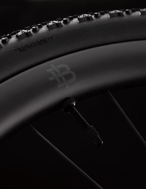 The geometry is optimised for tyre widths from 30–35mm