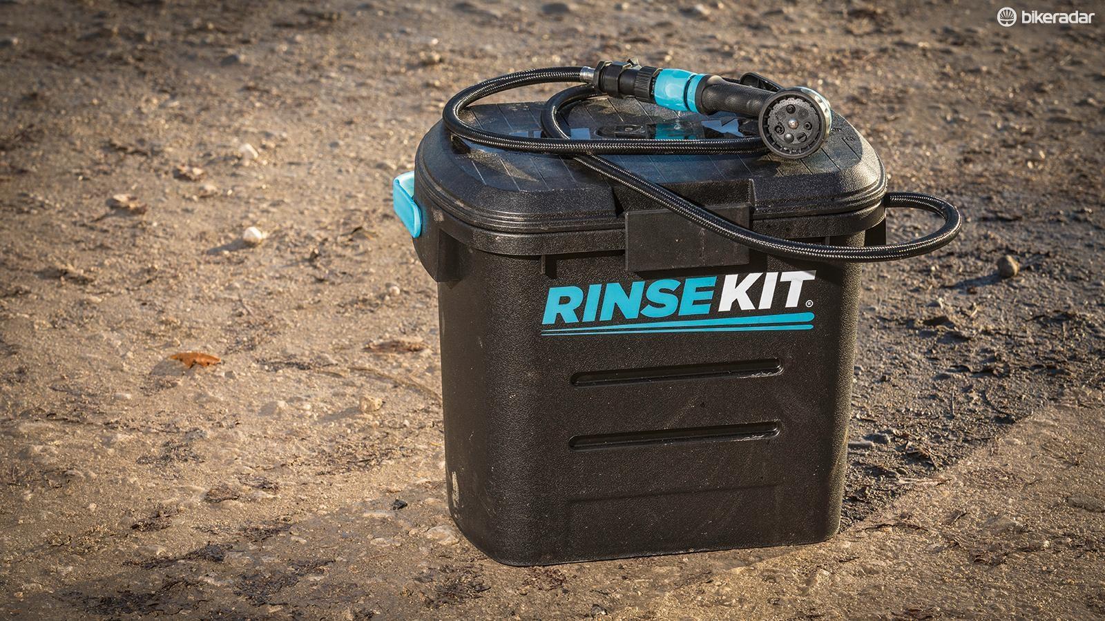 RinseKit battery/pump-free washer